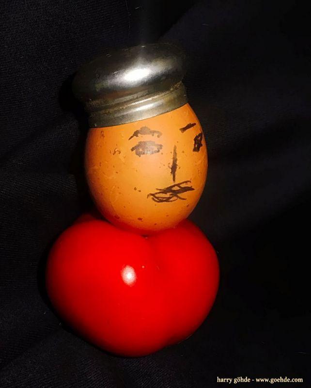 Eierkopf mit Mütze